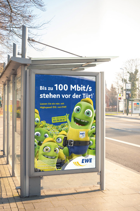 Bushaltestelle Plakat EWE Werbung Mbit/s