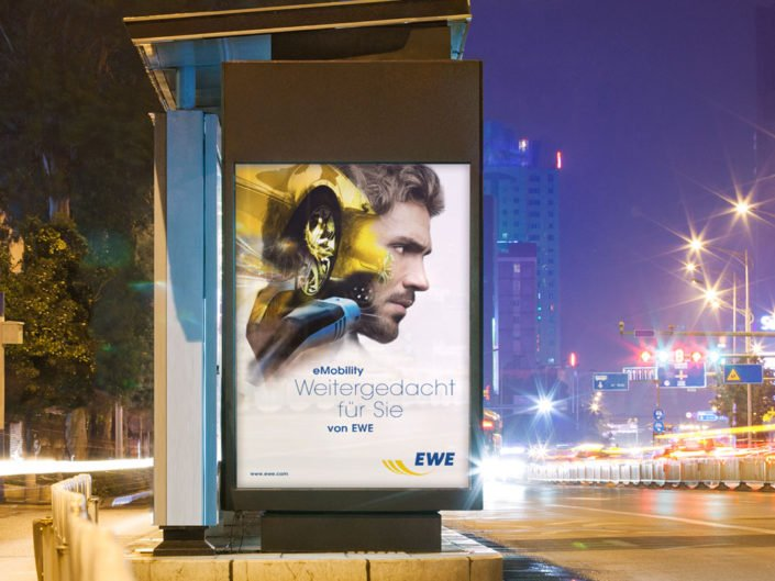 Frese & Wolff – EWE eMobility – City Light Plakat
